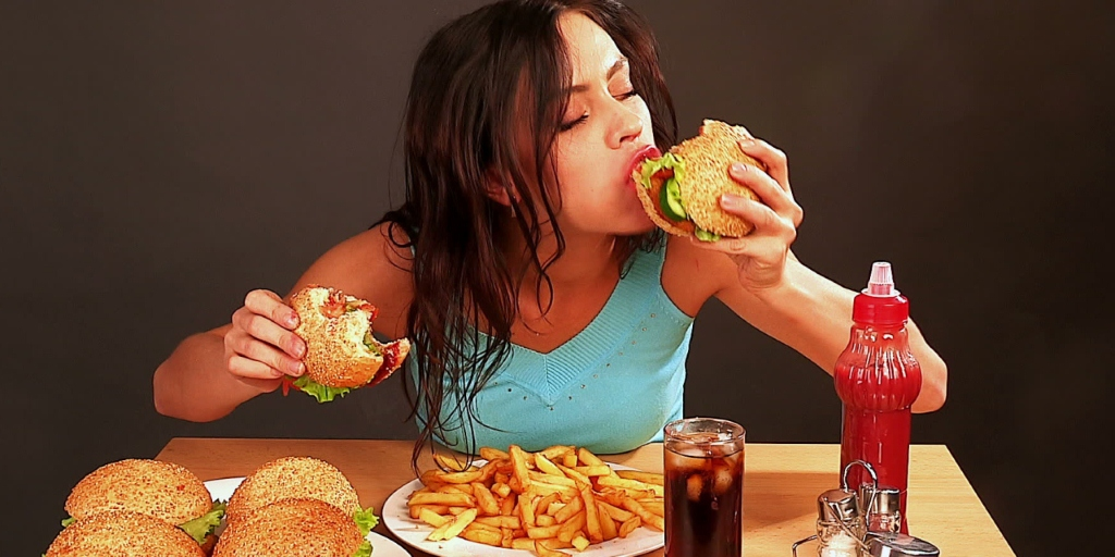 I cinque sensi a tavola. Mangiare è una esperienza sensoriale.  Il piacere e la sazietà