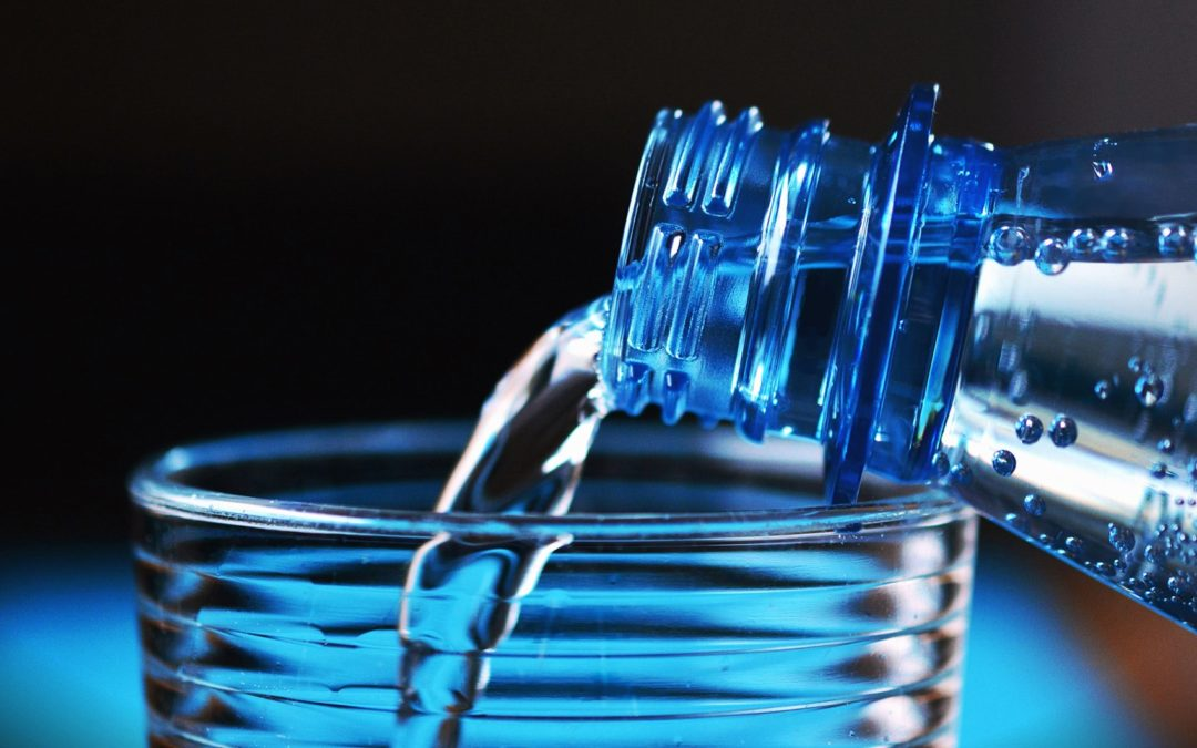 Acqua: alimento integratore naturale di minerali